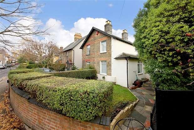 2 Bedrooms Semi Detached House for sale in Hardings Lane, Penge