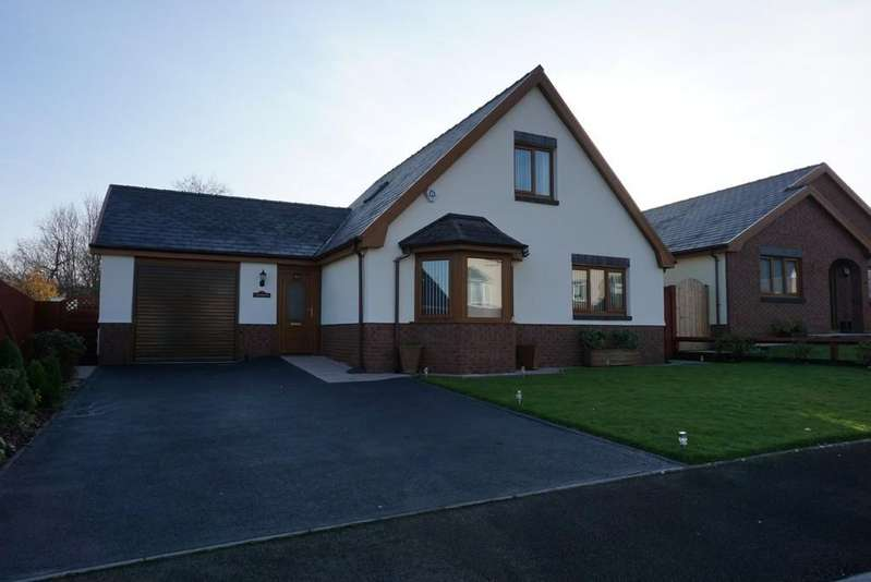 4 Bedrooms Detached House for sale in Uwchgwendraeth, Drefach