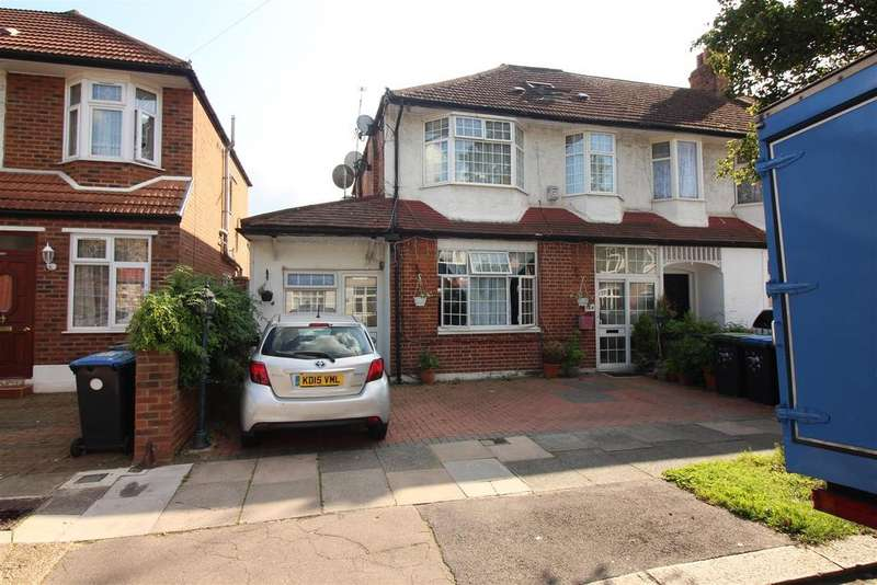 5 Bedrooms End Of Terrace House for sale in Princes Avenue, London