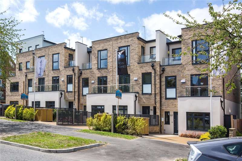 4 Bedrooms Terraced House for sale in Waterfall Road, New Southgate, London, N11