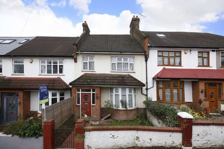 3 Bedrooms Terraced House for sale in Montacute Road London SE6