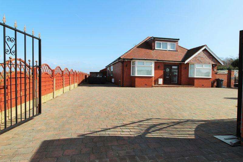5 Bedrooms Equestrian Facility Character Property for sale in Square House Lane, Banks, Southport