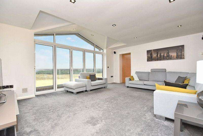 4 Bedrooms Bungalow for sale in Spittal Hardwick Lane, Castleford