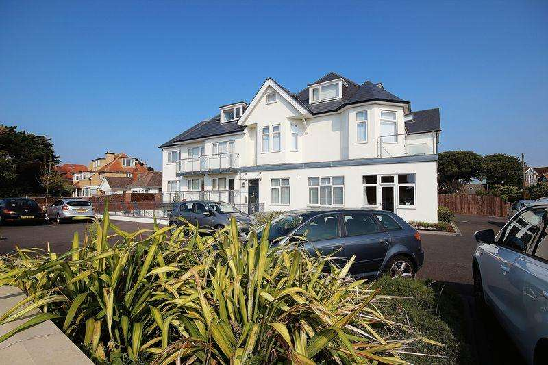 2 Bedrooms Flat for sale in Warren Edge Road, Southbourne, Bournemouth