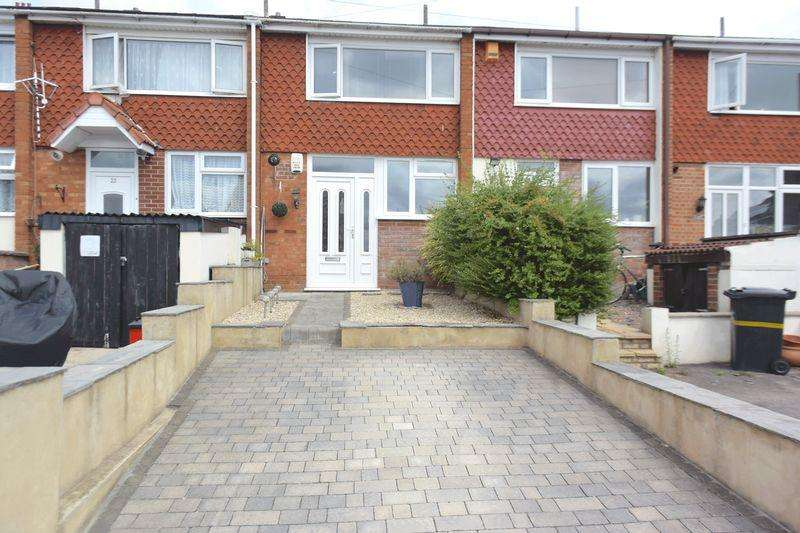 3 Bedrooms Terraced House for sale in St Aidans Road, Bristol, BS5 8RP