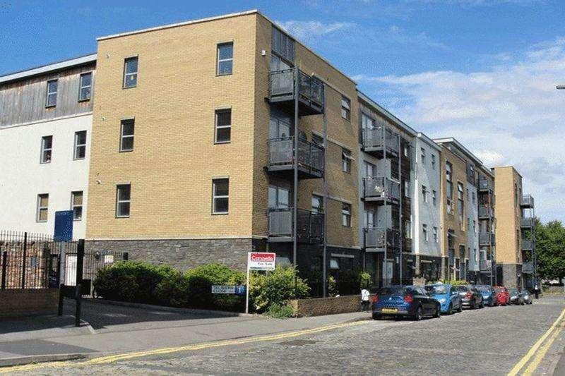 1 Bedroom Apartment Flat for sale in Talavera Close, Old Market, Bristol, BS2 0EF