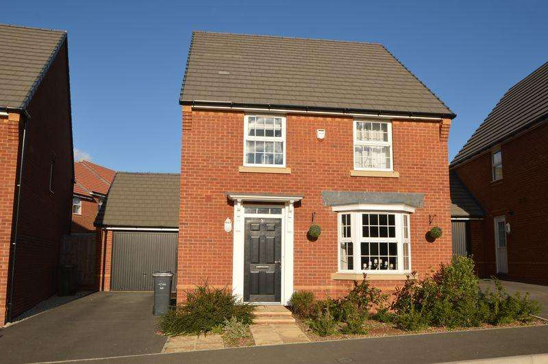 4 Bedrooms Detached House for sale in East Cowes, PO32 6GQ