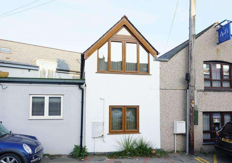 1 Bedroom Terraced House for sale in Bude, Cornwall