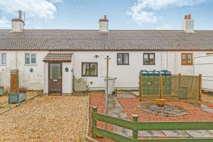 2 Bedrooms Terraced House for sale in Cooks Cottage, Withern, Alford, Lincolnshire