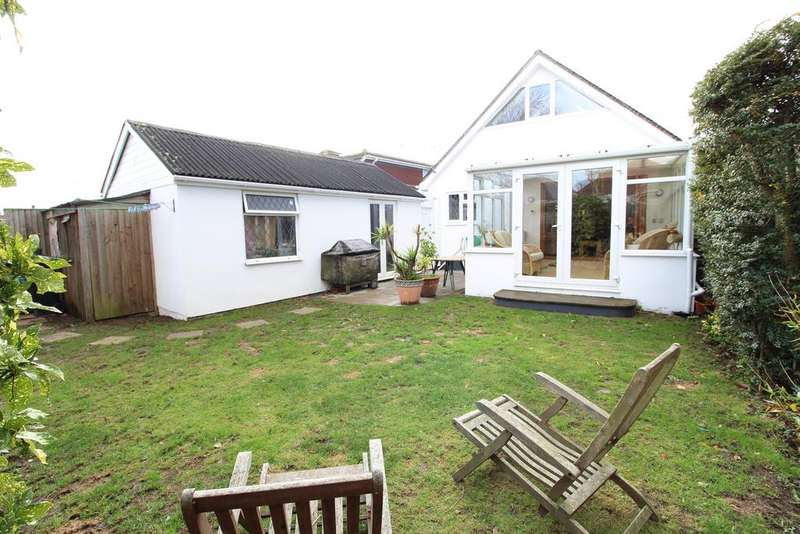 4 Bedrooms Bungalow for sale in Thornley Road, Bournemouth,