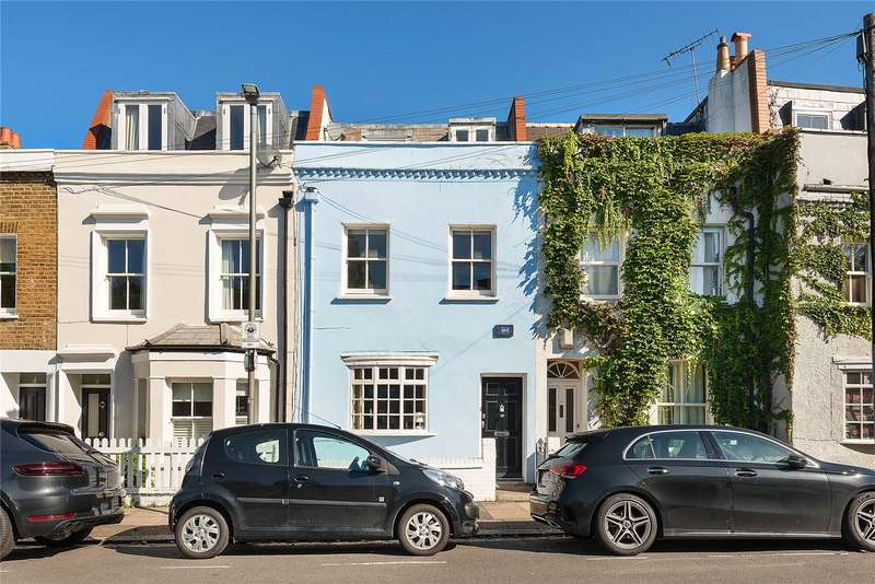 3 Bedrooms Terraced House for sale in Knowsley Road, Battersea, London, SW11