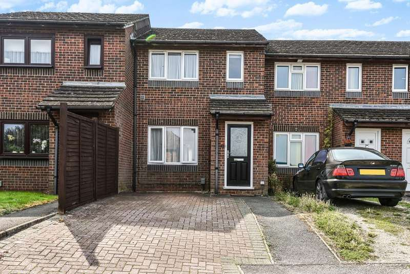 3 Bedrooms House for sale in Springfield Lane, Berkshire, RG14