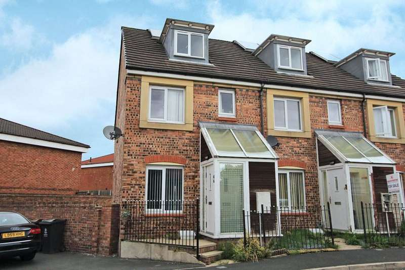 4 Bedrooms Terraced House for sale in Barmouth Walk, Oldham, OL8