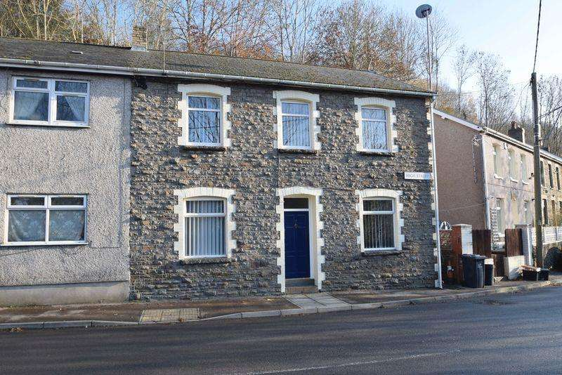 3 Bedrooms Semi Detached House for sale in High Street, Llanhilleth, Blaenau Gwent