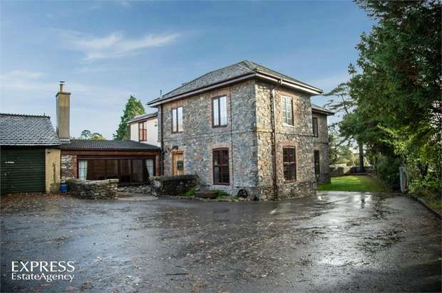 4 Bedrooms Detached House for sale in Ashburton Road, Newton Abbot, Devon