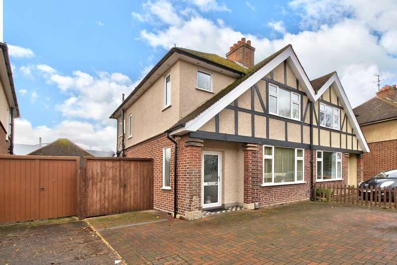 3 Bedrooms Semi Detached House for sale in Kingsbrook Rd, Bedford, MK42 0BH