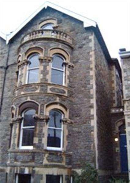 12 Bedrooms Terraced House for rent in Waverley Road