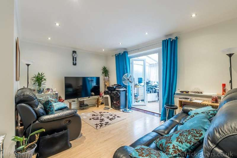 3 Bedrooms Terraced House for sale in Melfield Gardens, Catford