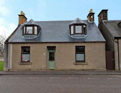 4 Bedrooms Detached House for sale in High Street, Markinch