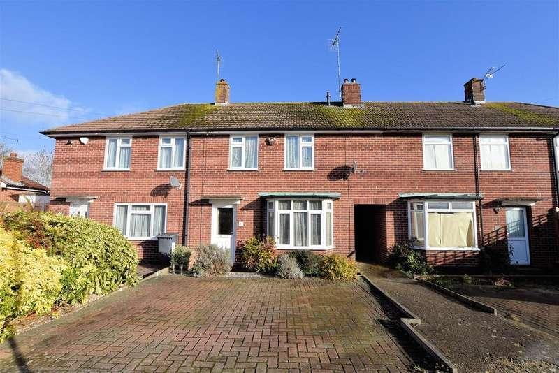 2 Bedrooms Terraced House for sale in Grafton Road, Tilehurst, Reading