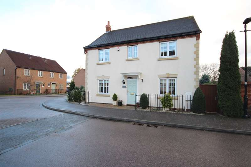 4 Bedrooms Detached House for sale in Church Farm Avenue, Wilstead, Bedfordshire, MK45
