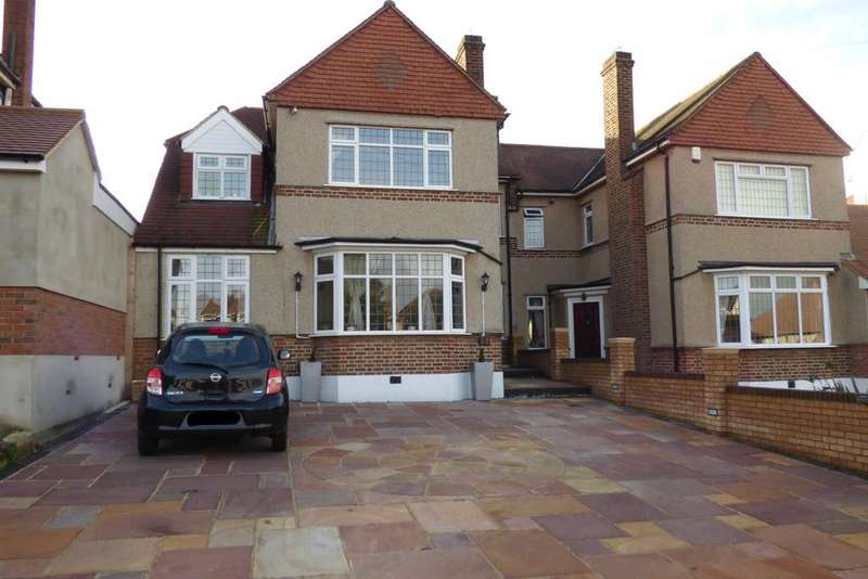 4 Bedrooms Semi Detached House for sale in Waldegrave Gardens, Upminster RM14