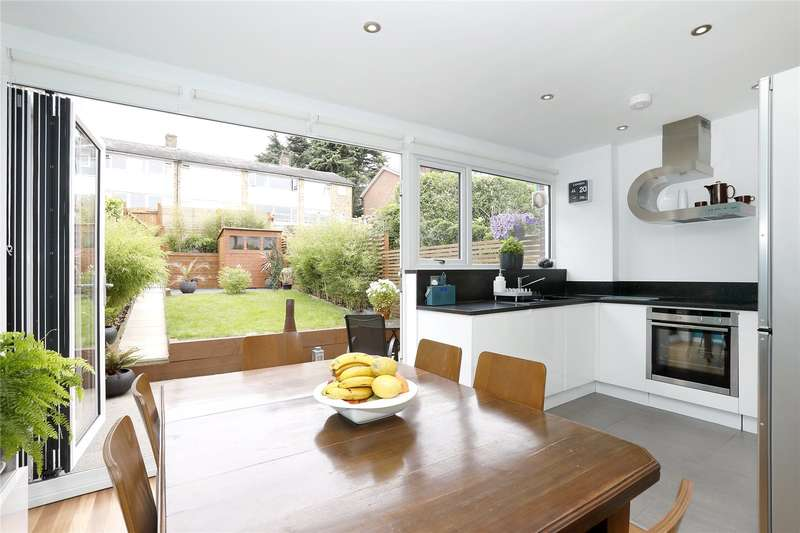 4 Bedrooms Terraced House for sale in Shelford Rise, London