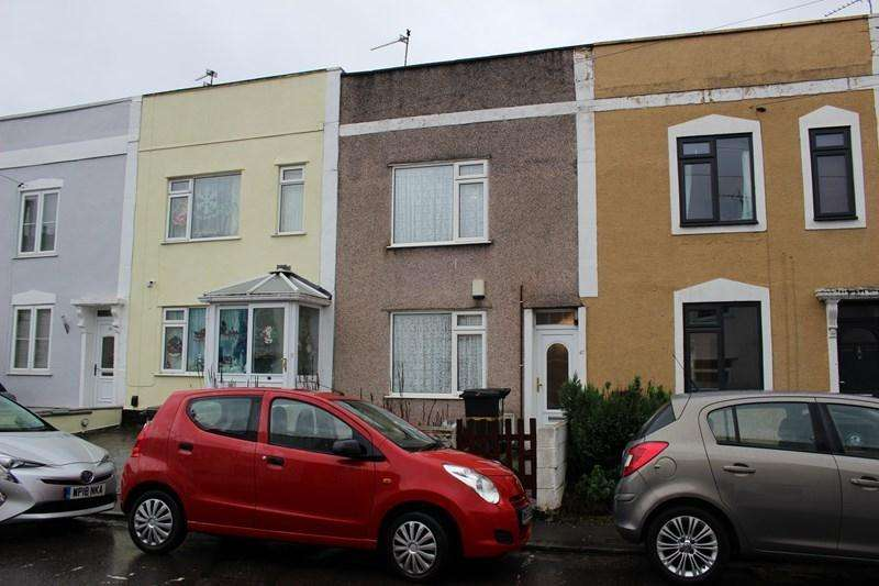 2 Bedrooms Terraced House for sale in Lyppiatt Road, Redfield, Bristol