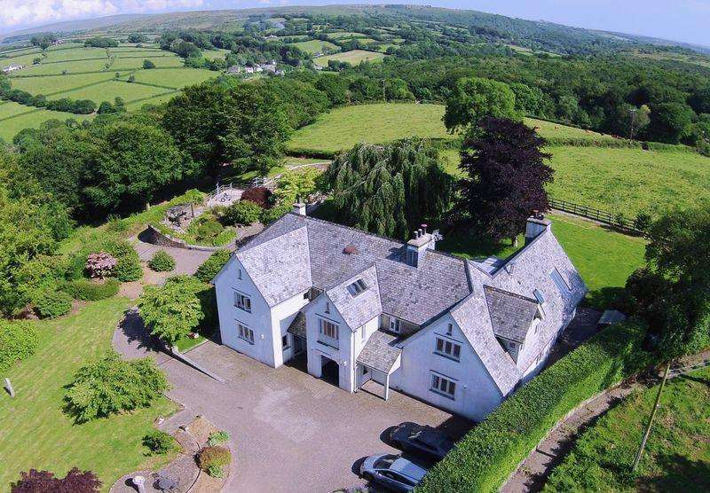 6 Bedrooms Country House Character Property for sale in Yelverton, Devon, PL20 6JA