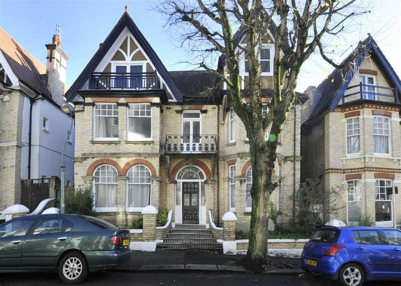 8 Bedrooms Detached House for sale in Cambridge Road, Hove, East Sussex