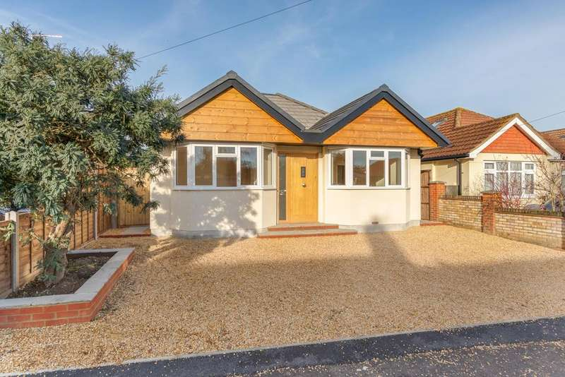 4 Bedrooms Detached Bungalow for sale in Fulbrook Avenue, New Haw, Addlestone, Surrey KT15
