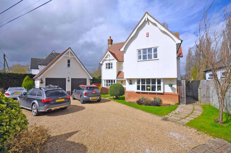 5 Bedrooms Detached House for sale in Bardfield Road, Little Bardfield, Braintree, CM7