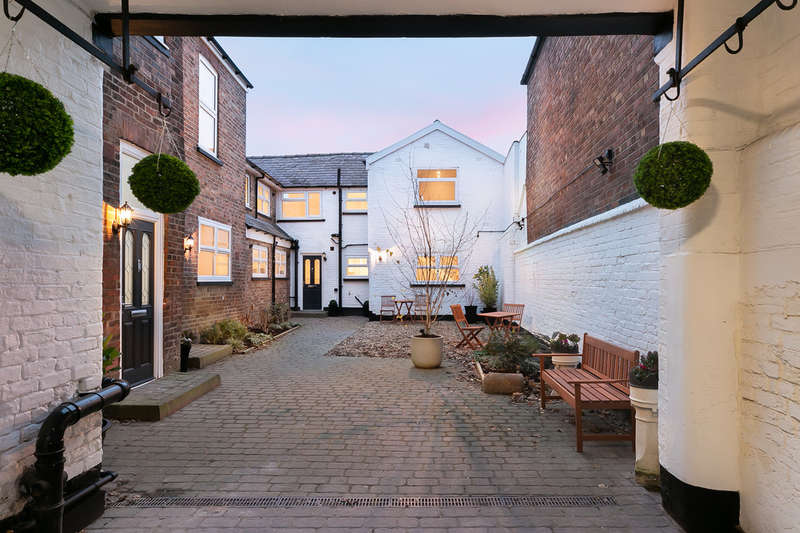 1 Bedroom Cottage House for sale in Payne Mews, 470D Didsbury Road