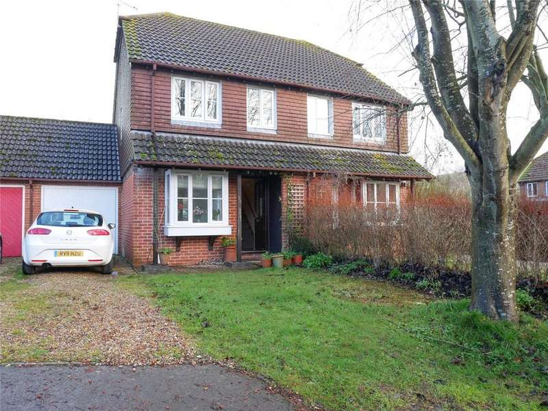 2 Bedrooms Semi Detached House for sale in Spring Meadows, Great Shefford, Hungerford, Berkshire, RG17