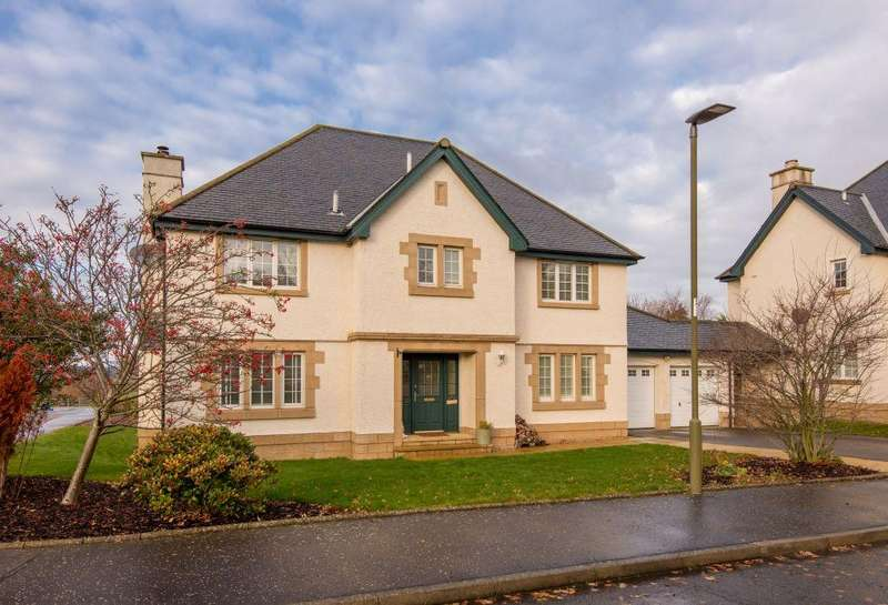 4 Bedrooms Detached House for sale in 19 Burnet Crescent, East Saltoun, East Lothian, EH34 5BZ