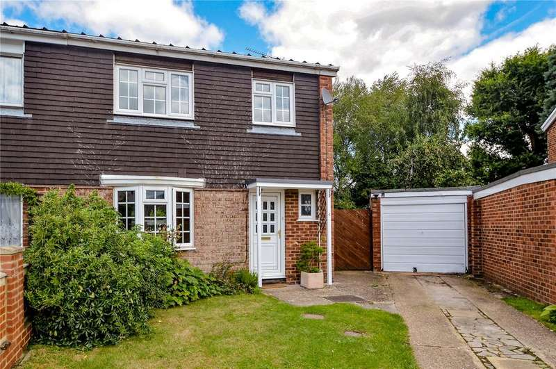 3 Bedrooms Semi Detached House for sale in Drake Close, Finchampstead, Berkshire, RG40