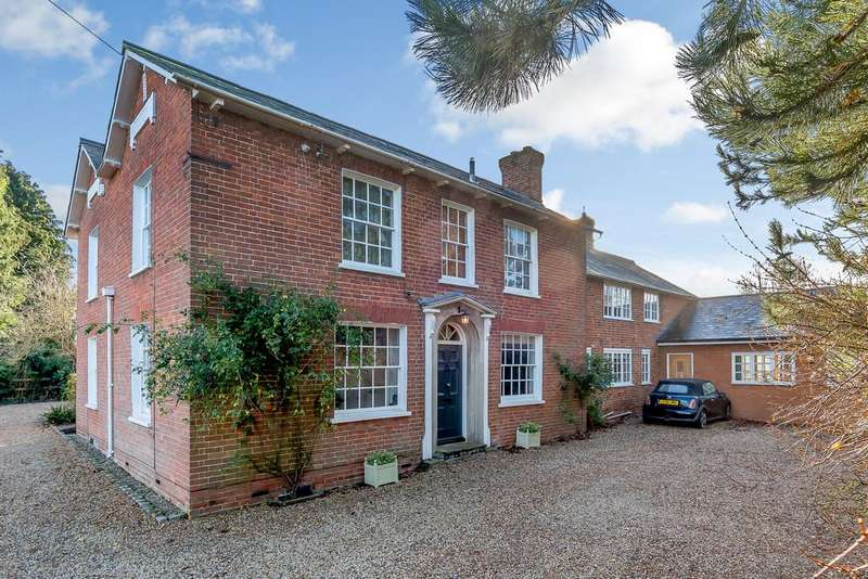 6 Bedrooms Detached House for sale in Weston Turville