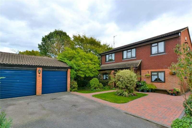 4 Bedrooms Detached House for sale in Bridges Close, Wokingham, Berkshire, RG41