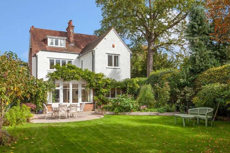 6 Bedrooms Detached House for sale in Norwich