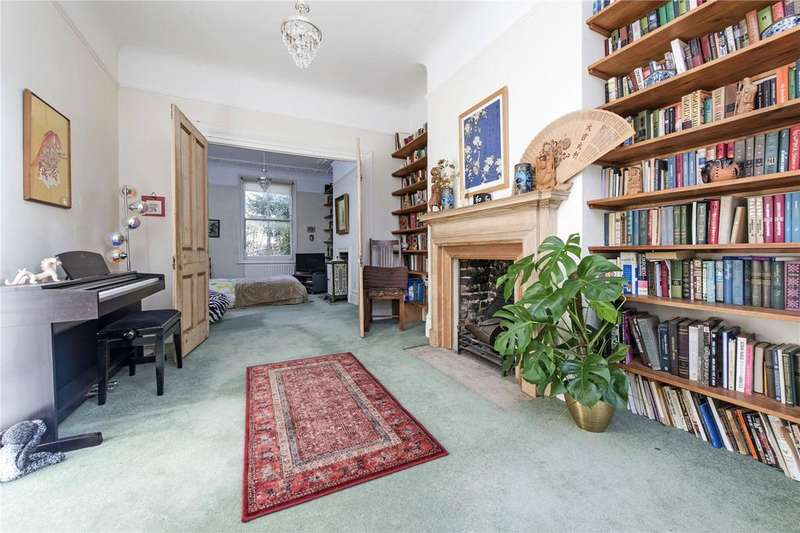 4 Bedrooms Semi Detached House for sale in Endlesham Road, London, SW12