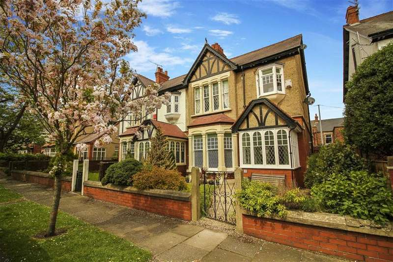 3 Bedrooms Detached House for sale in Rosebery Avenue, Blyth