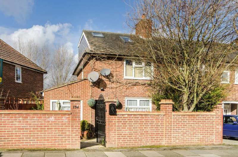 4 Bedrooms End Of Terrace House for sale in Bordesley Road, Morden, SM4