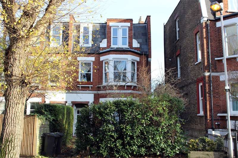 2 Bedrooms Flat for sale in Coppetts Road, Muswell Hill, London