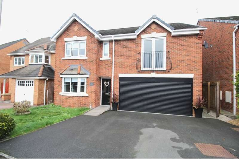 4 Bedrooms Detached House for sale in Thrush Way, Winsford, CW7