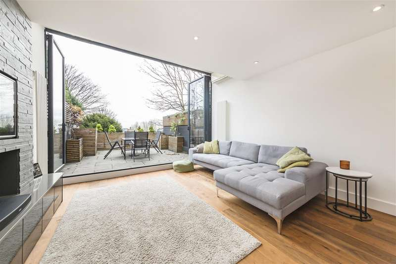3 Bedrooms House for sale in Netherleigh Close, Highgate N6