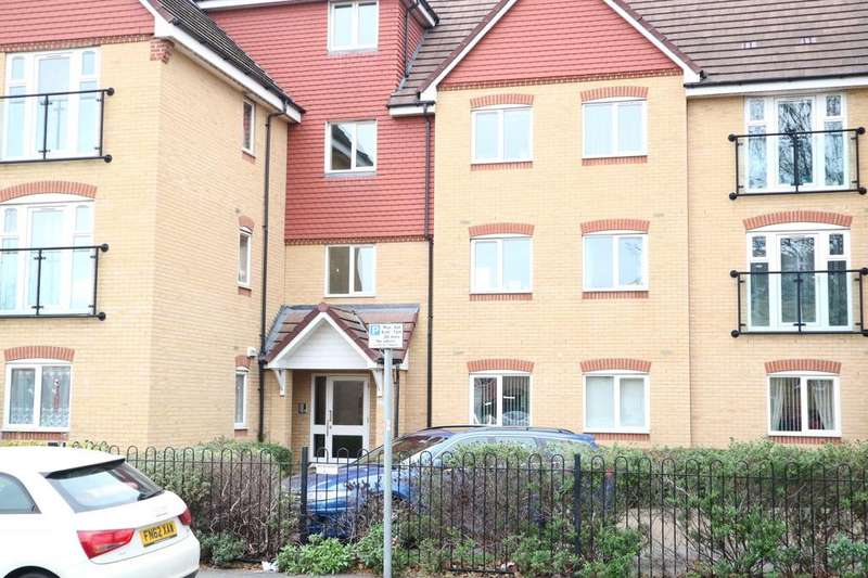 2 Bedrooms Flat for rent in Charlcot Mews, Bower Way, Slough, SL1