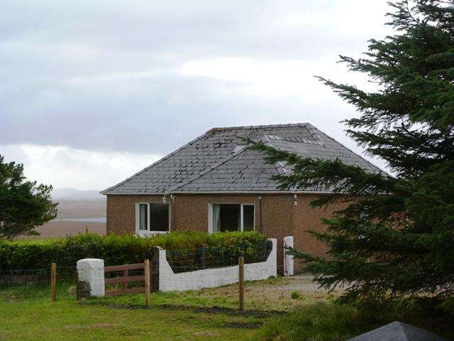 3 Bedrooms Detached House for sale in 4A Achmore, Lochs, Isle of Lewis HS2