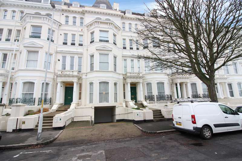 2 Bedrooms Flat for sale in Clifton Gardens, Folkestone, Kent CT20 2EF