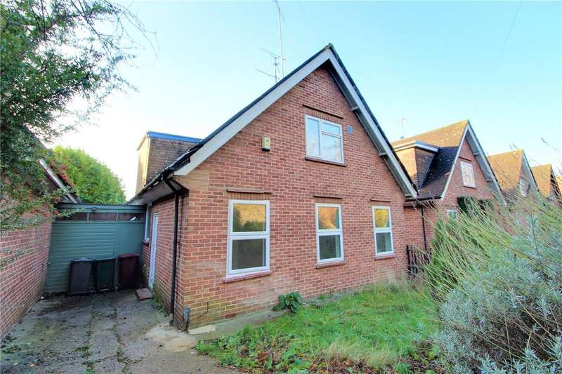 3 Bedrooms Detached House for sale in Upavon Drive, Reading, Berkshire, RG1