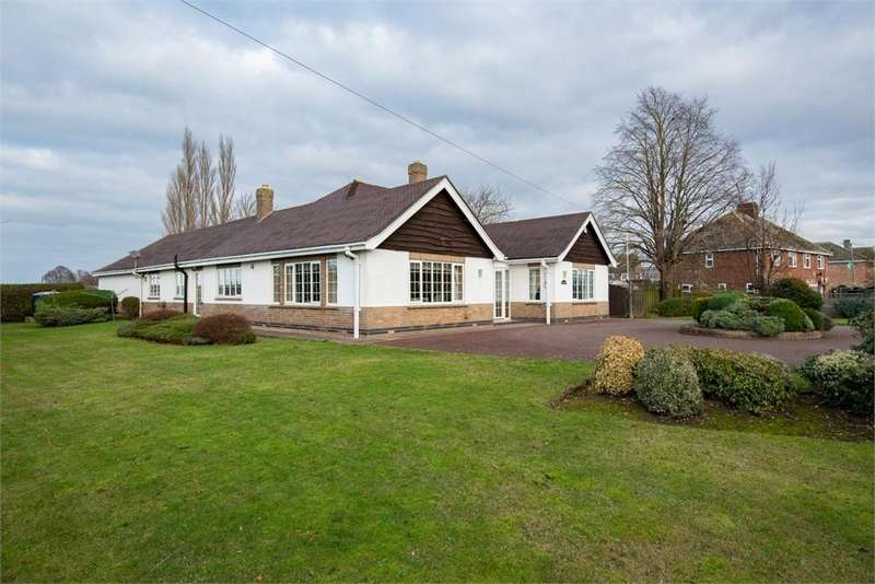 3 Bedrooms Detached Bungalow for sale in Main Road, Wrangle, Boston, Lincolnshire